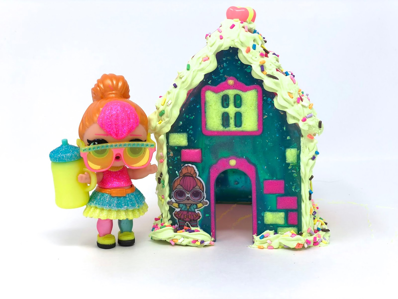 LOL Surprise Dolls Neon QT Decoden Resin Gingerbread House mama sahrang