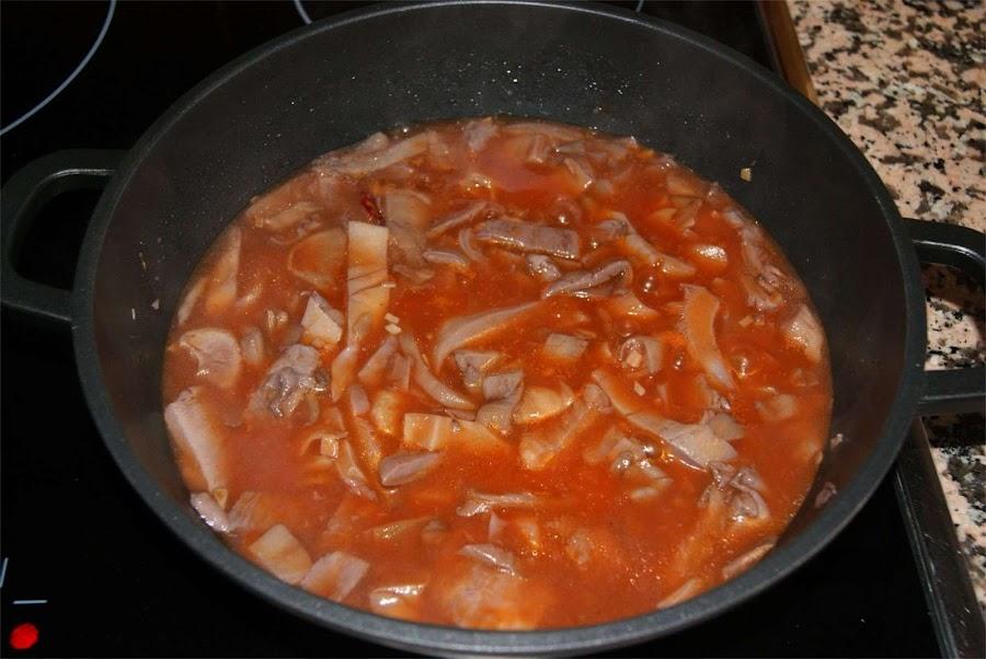 receta de setas estofadas con tomate paso 3