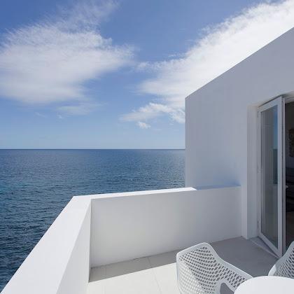 WHITE, Exclusive Suites & Villas - A Santorini de São Miguel