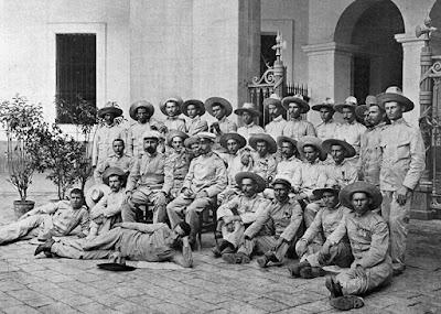 fotografía del 2 de septiembre de 1899 en el cuartel Jaime I de BarcelonaBarcelona
