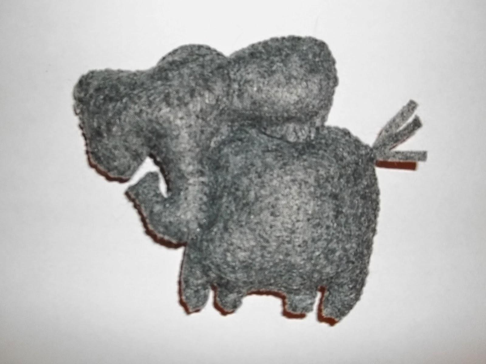 jaime of all trades make a felt elephant toy