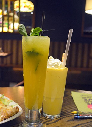 mango milkshake and virgin mojito