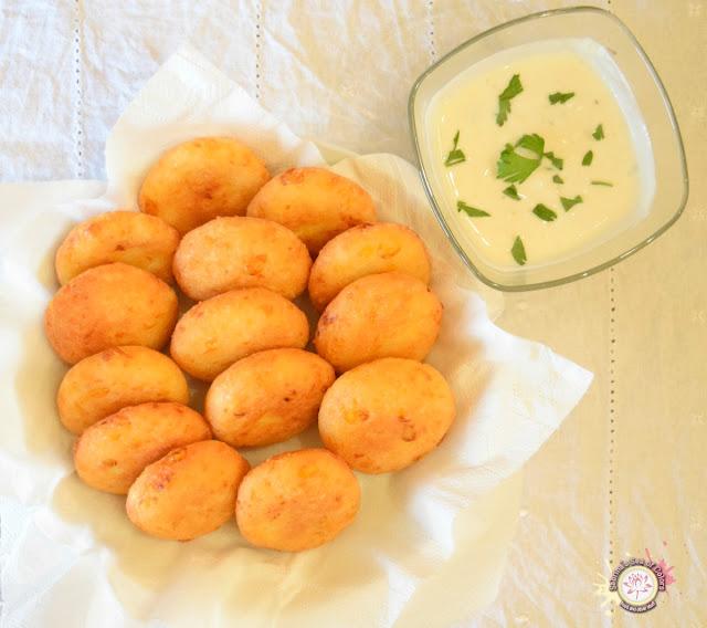 Arepitas de maíz dulce y queso emmental