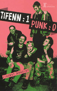 http://uneenviedelivres.blogspot.fr/2013/07/tifenn-1-punk-0.html