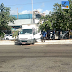 Caminhão desgovernado subiu o canteiro central da av. Deodoro da Fonseca