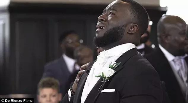 Checkout This Ghanaian Guy Weeping Profusely On His Wedding Day - Photos