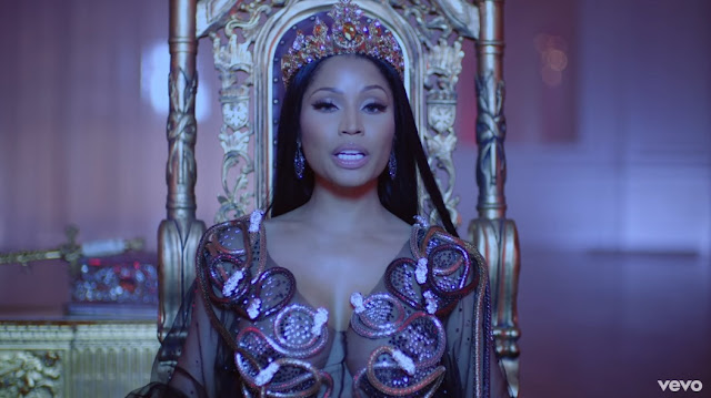 "Nicki Minaj Premieres ""No Frauds"" Video"
