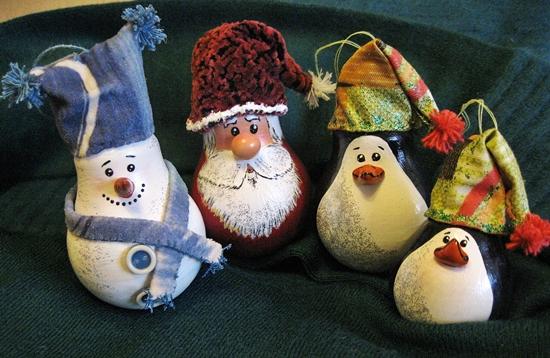 Haz pinginos navideos reciclando focos o bombillas ...