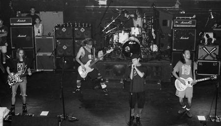 Live Bootlegs: Pearl Jam - Live @ Warren G  Magnuson Park, Seattle