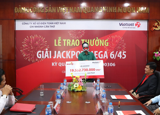 Vietlott Sóc Trăng trao giải 19 tỷ đồng cho anh nông dân - -Win2888vn