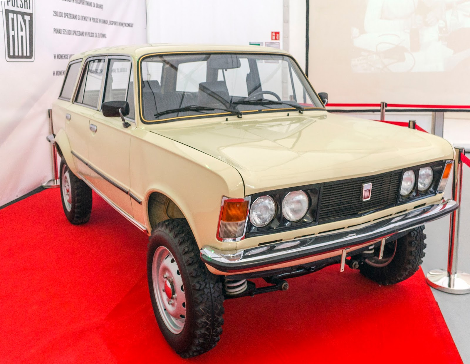 Wwa Jeziorki: 50th Anniversary of the Polski Fiat 125p