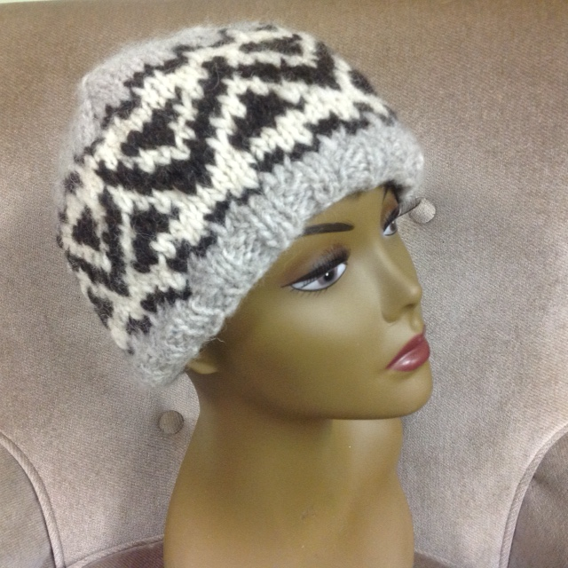 More pictures can be found on the pattern page on Ravelry 3abc86f8e45