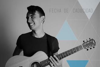 'Fecha de Caducidad', Juan Esteban Gonzalez presenta su primer disco