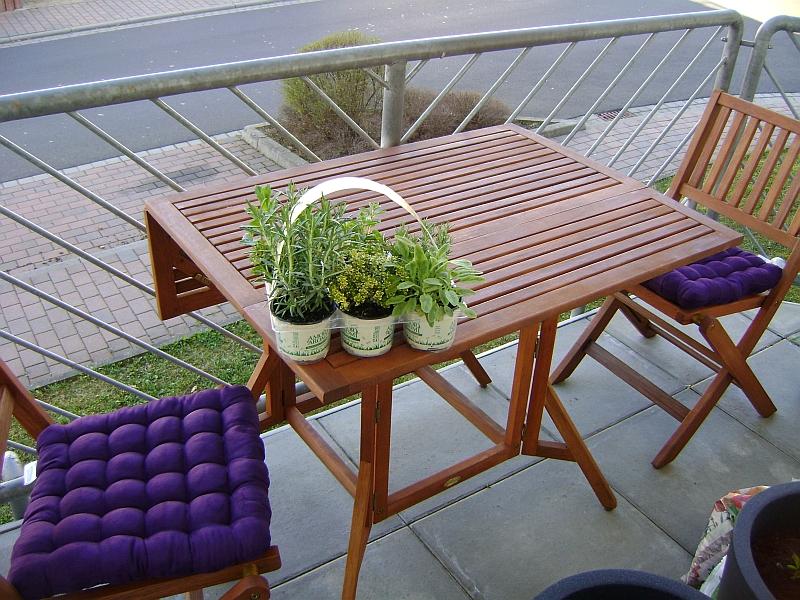 terrassen und balkonbepflanzung ber. Black Bedroom Furniture Sets. Home Design Ideas