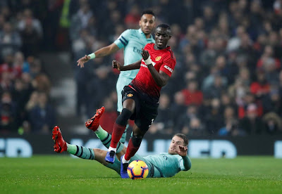Highlight Manchester United 2-2 Arsenal, 5 Desember 2018