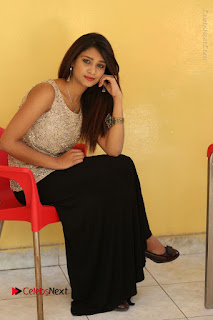 Tollywood Upcoming Actress Arthi Stills in Black Skirt at Plus 1 Movie Trailer Launch  0118.JPG