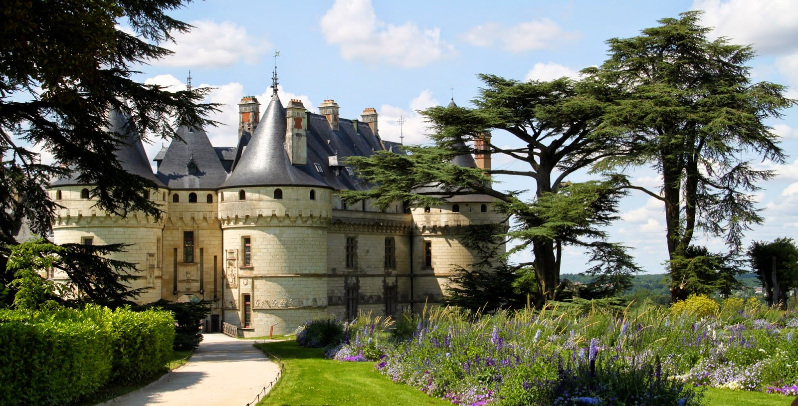 chez charnizay chateau chaumont sur loire. Black Bedroom Furniture Sets. Home Design Ideas