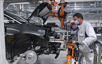 Volkswagen sẽ cắt giảm 5.000 việc làm để tập trung cho xe điện