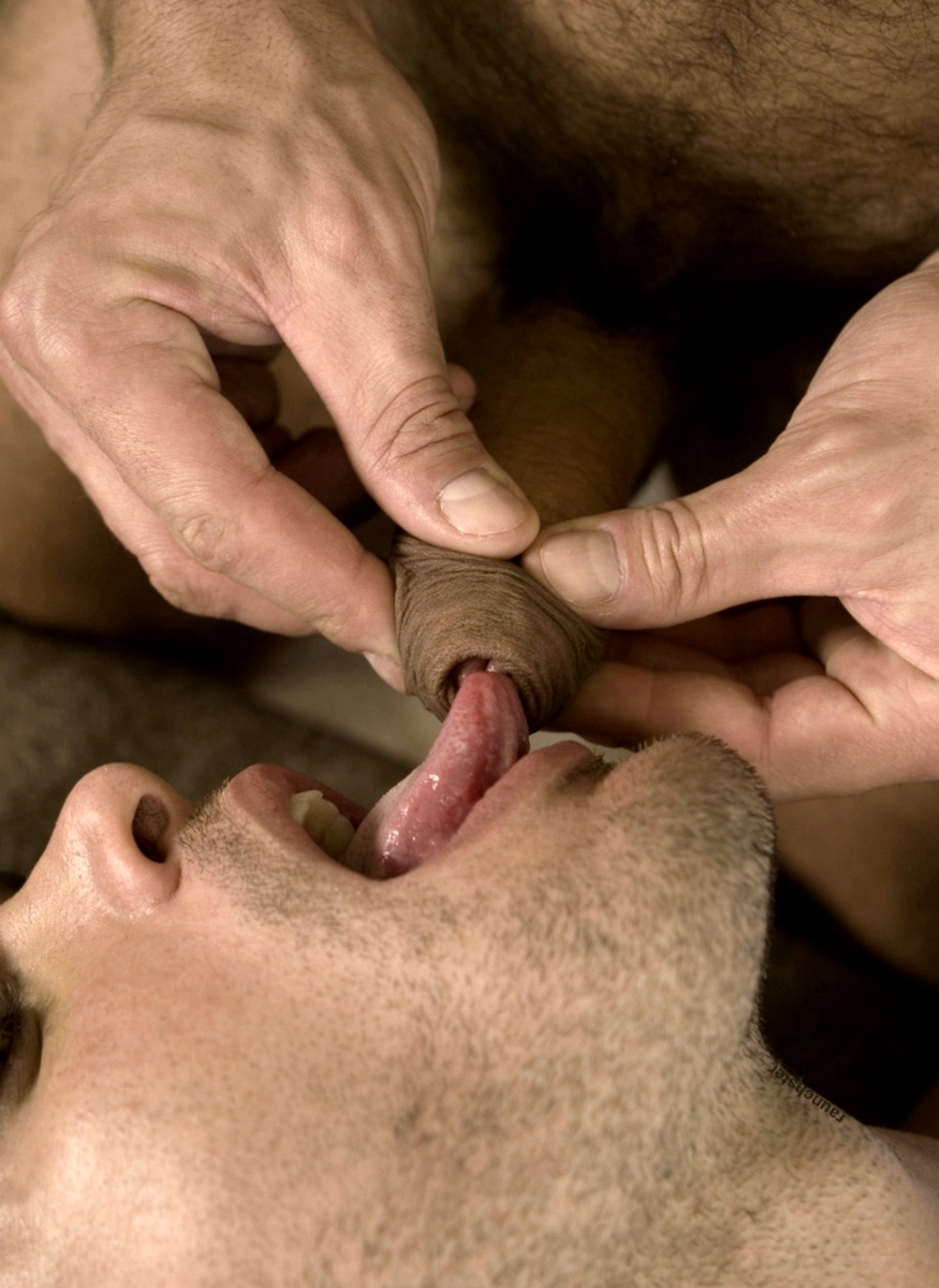 Gay Nipple Sucking Videos