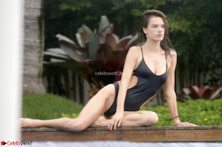 Alessandra Ambrosio international Super Model Spotted in Bikini at a Beach Spicy Pics 005.jpg