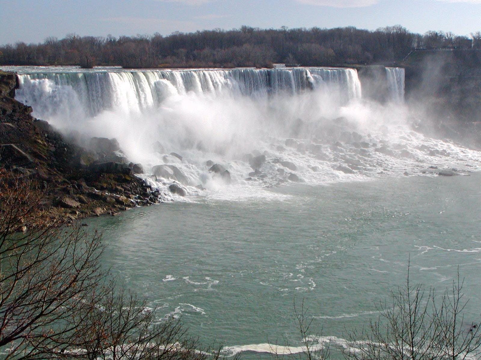 Cheap Hotels In Niagara Falls Canada Side