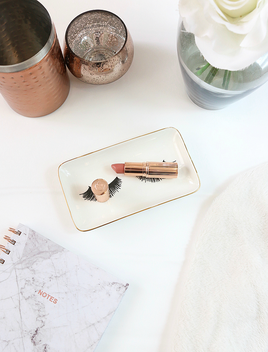 Charlotte Tilbury Bitch Perfect Lipstick Review