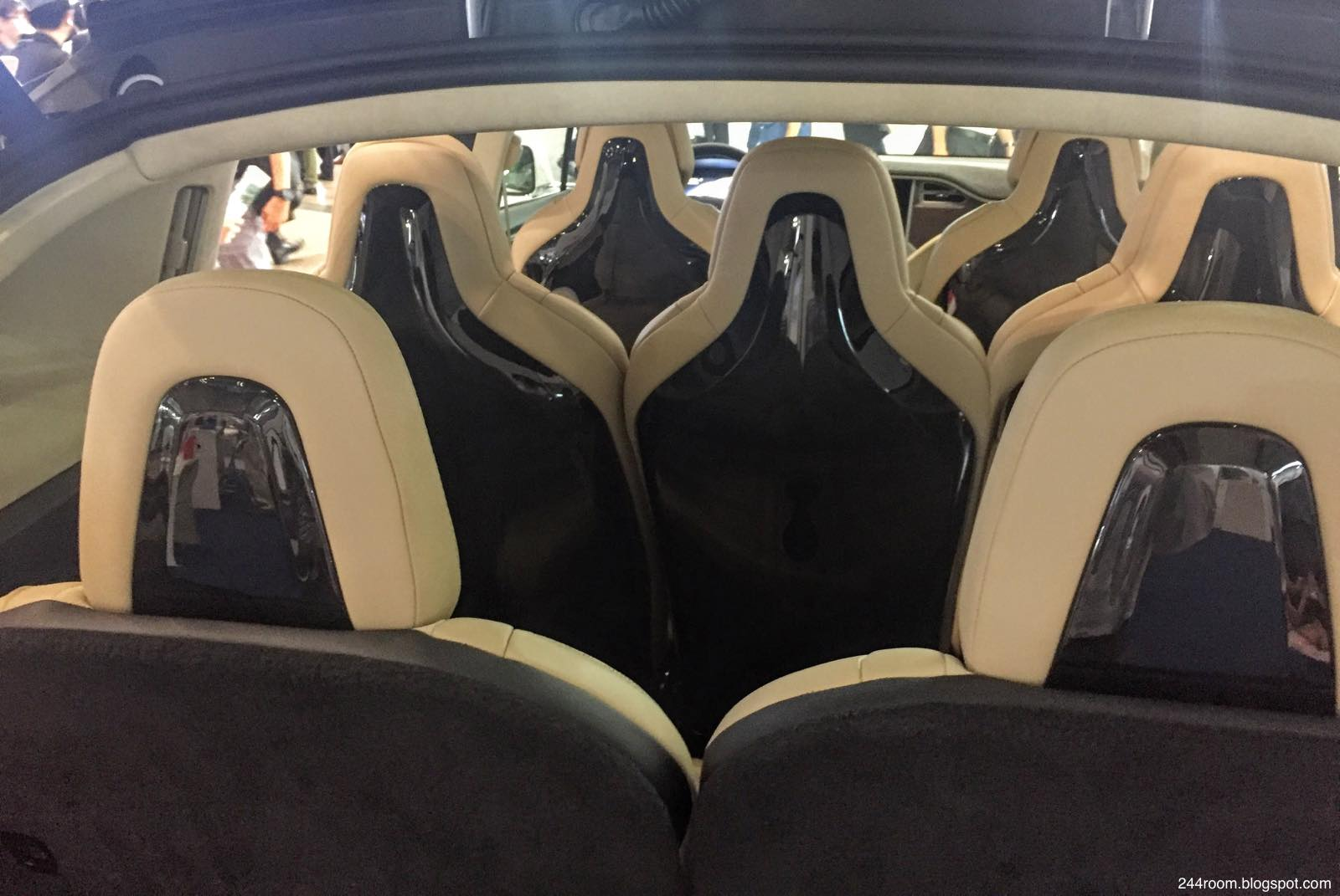 テスラモデルX座席 TESLA-ModelX-seat2