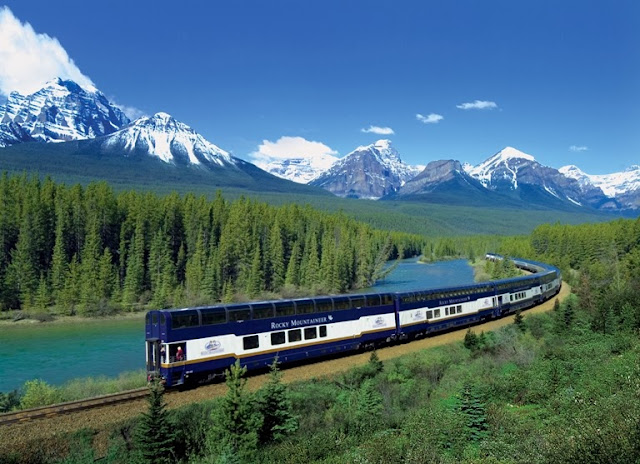 Rocky Mountaineer, Canada