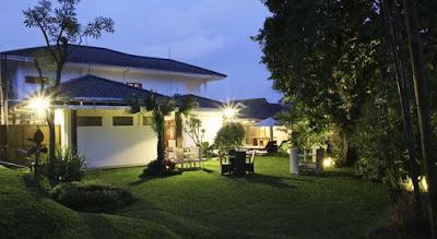 kebun Triple C Guest House daerah lembang