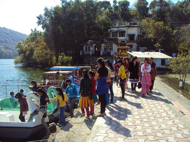 boating in naukuchiatal