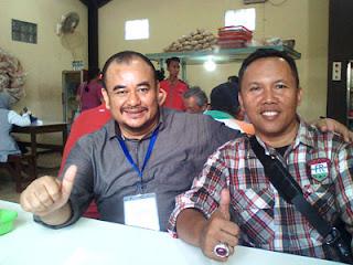 Damanhuri bersama Pak Budi Agaric di Soto Ayam Ambengan, Malang
