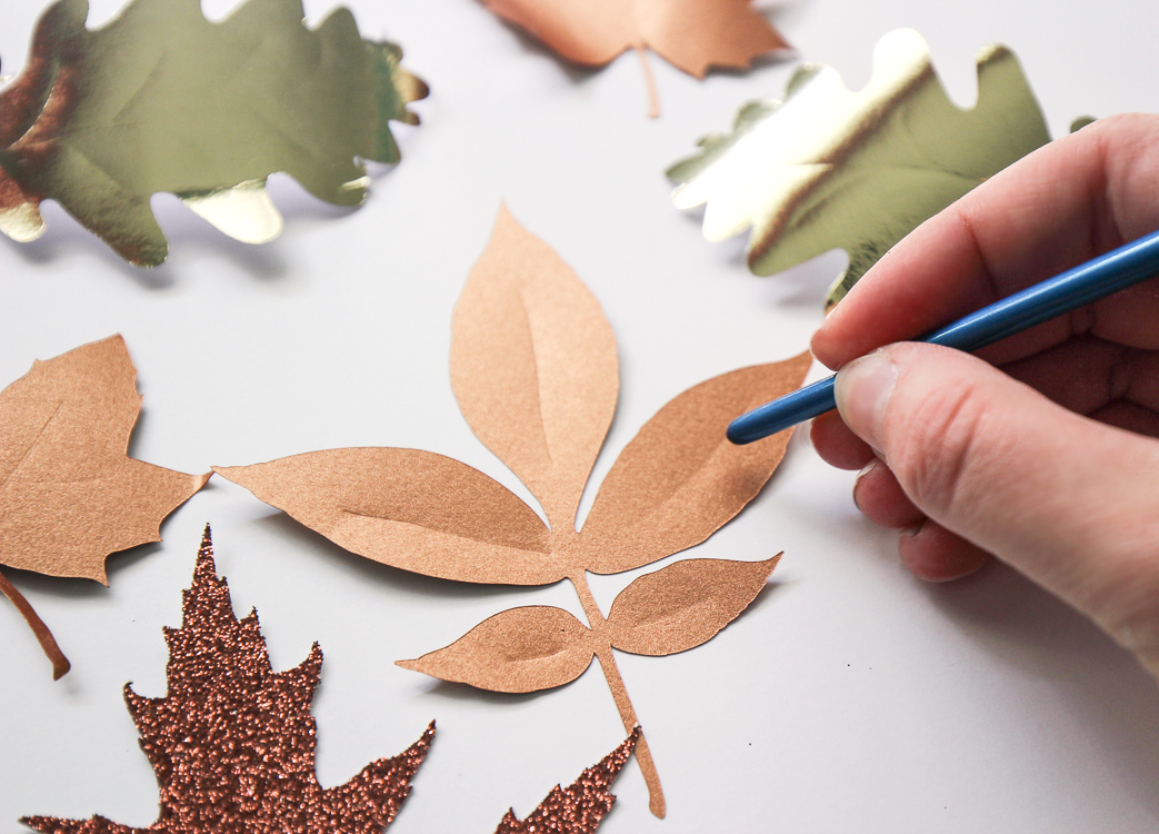 How to make realistic looking leaves from paper