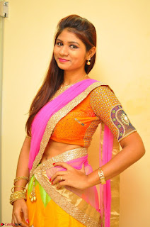 Lucky Sree in dasling Pink Saree and Orange Choli DSC 0365 1600x1063.JPG