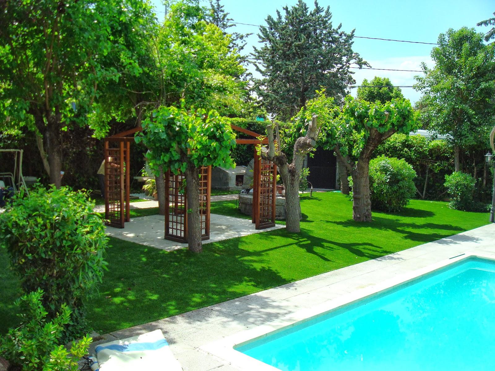 césped artificial jardineria