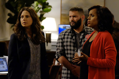 Image of Guillermo Diaz, Kerry Washington and Katie Lowes in Scandal Season 6 (22)