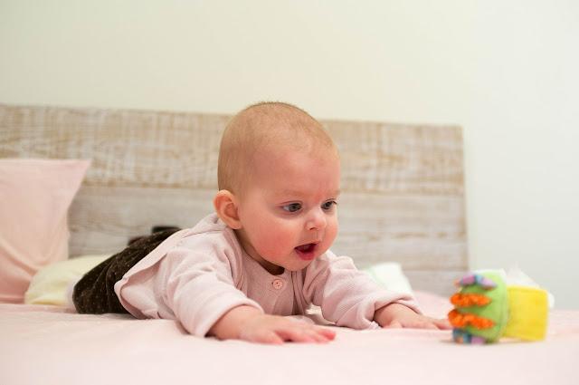 premiers jeux avec bébé 2