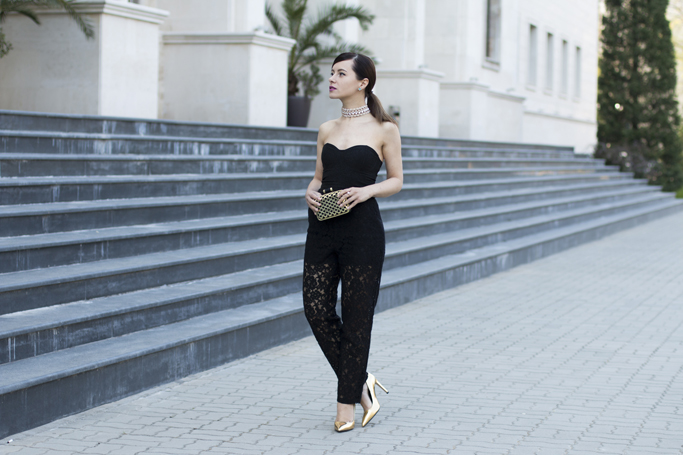how to wear lace trousers