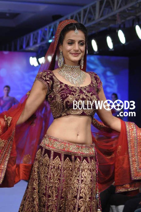 Ameesha Patel Walks Ramp for HVJ Fashion Show