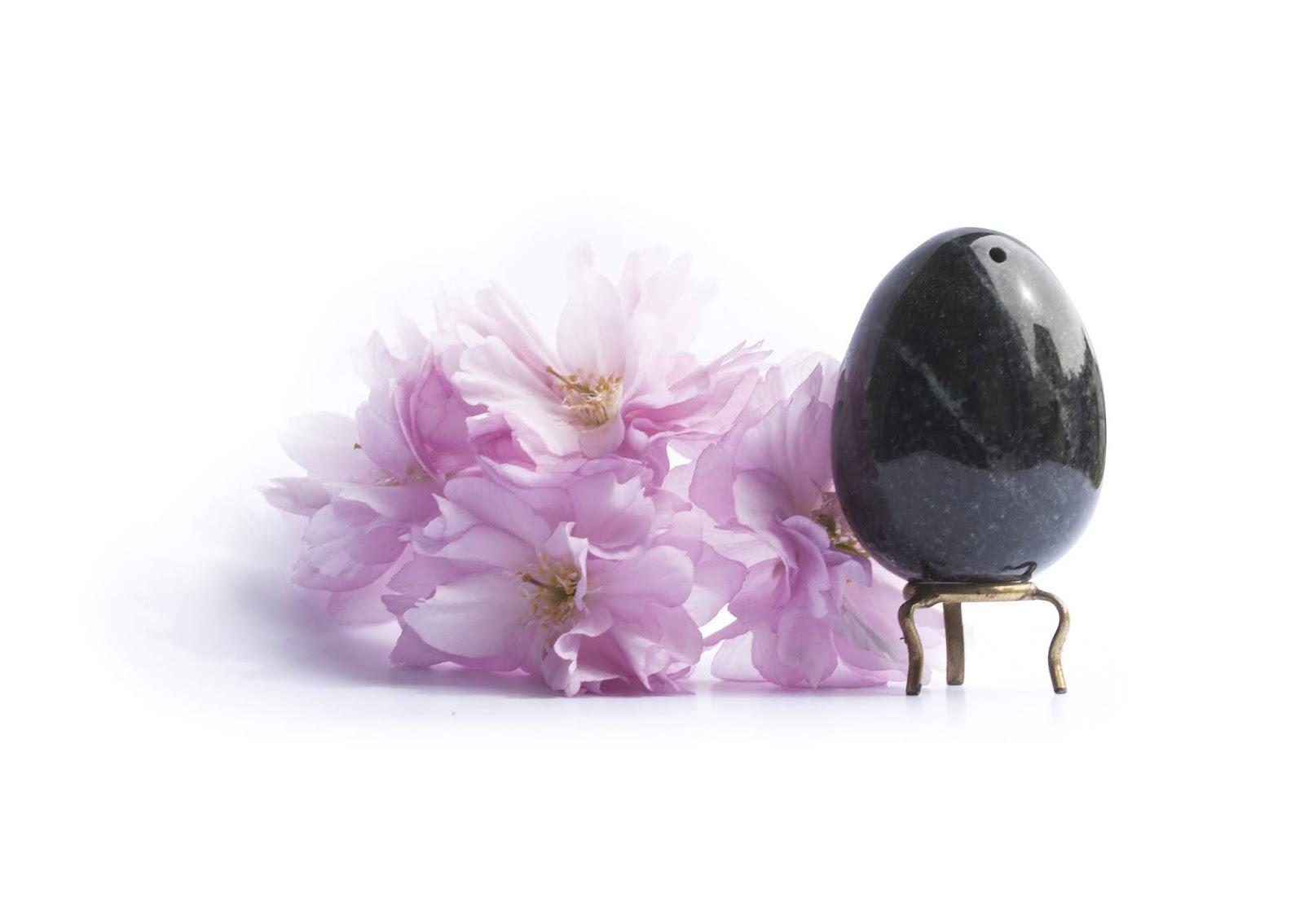 oeuf de yoni en jade noire