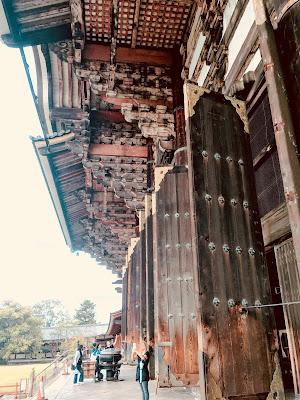東大寺大仏殿の門