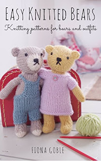 FREE Kindle book : Easy Knitted Bears: Knitting patterns for bears and outfits
