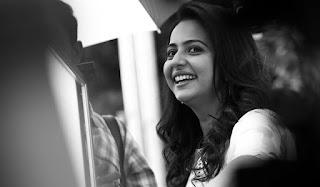 Rakul Preet Singh OLooks beautiful in her pics from Instagram
