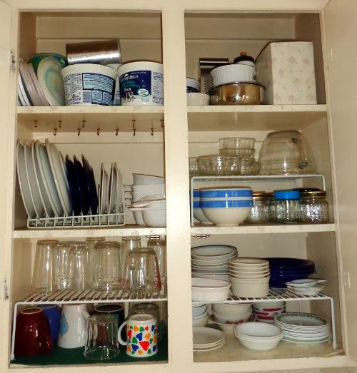 where to put things in kitchen cabinets where to put dishes in kitchen cabinets roselawnlutheran 28439