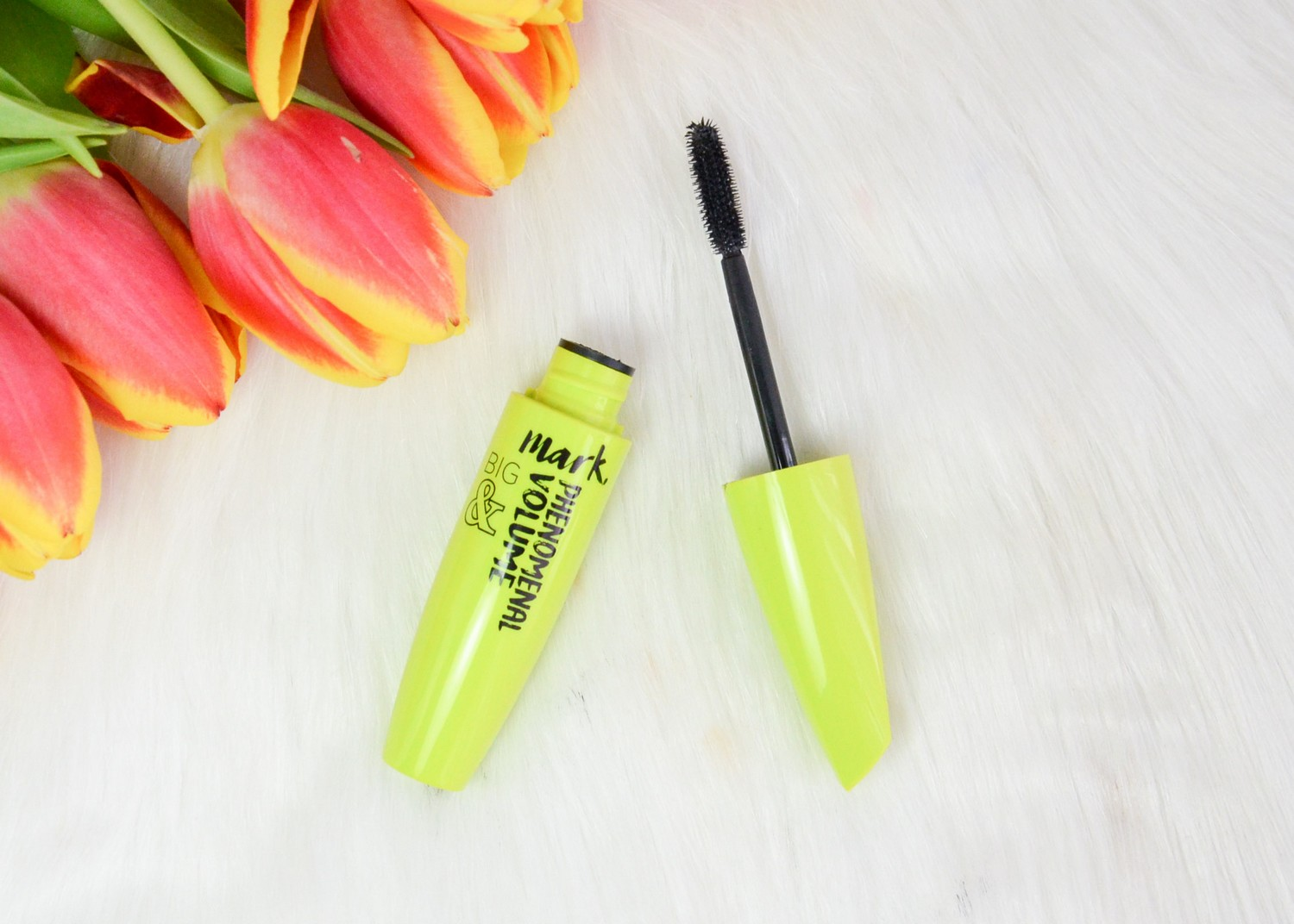 New Spring Products from Avon | Nourishing Lip Oil and Big & Phenomenal Volume Mascara