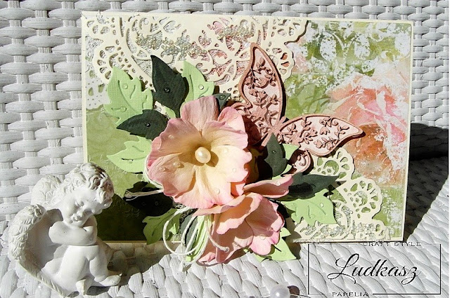 Wiosenna kartka z motylem