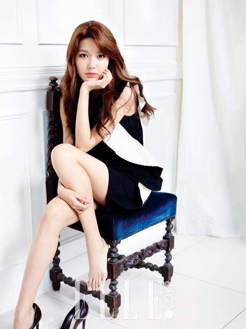 Girls Generation Tiffany Wallpaper Soo Young Elle Korea Magazine September 2013 Magazine