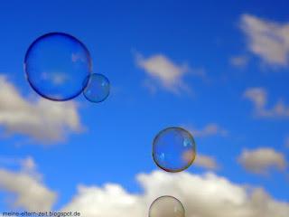 Kleinkindbespaßung mit Seifenblasen