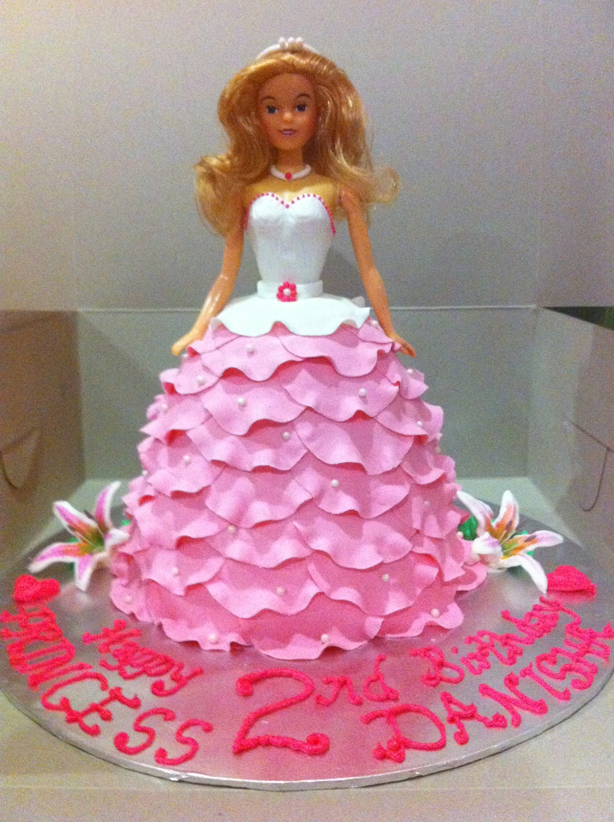 Home May De Cakes Princess Doll Cake And Rock N Fire Electric