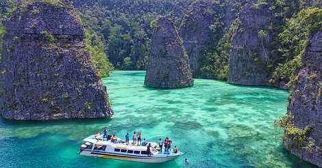 Backpacker ke Raja Ampat