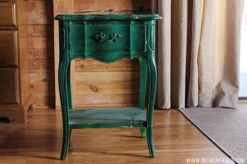 An upcoming project I'll be working on:  Refinishing this little green end table!